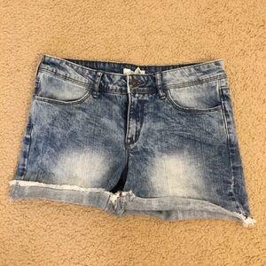 Forever21  Dark Mid Wash Denim Shorts (Size 29)